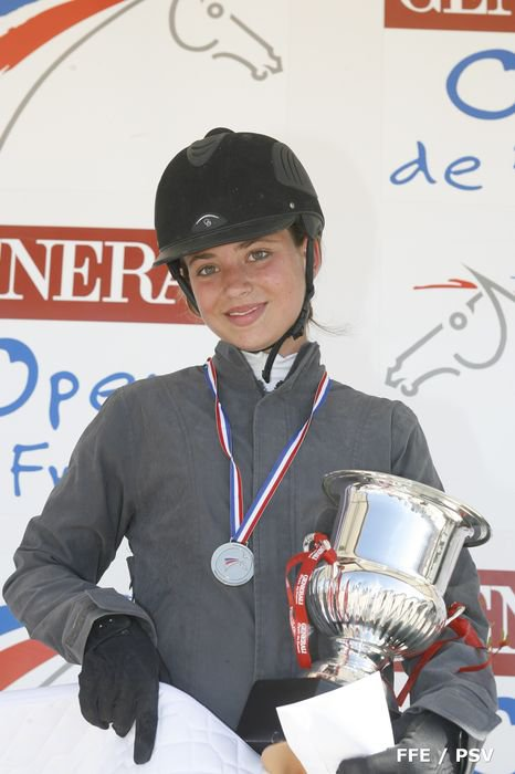 http://cheval-par-max.cowblog.fr/images/8/CPM08.jpg